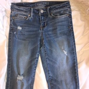 Light Wash Skinny Jeans (Aeropostale-size 2)